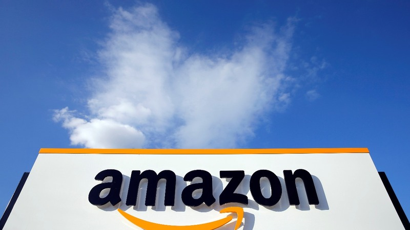 Amazon joins $1 trillion club, chases down Apple