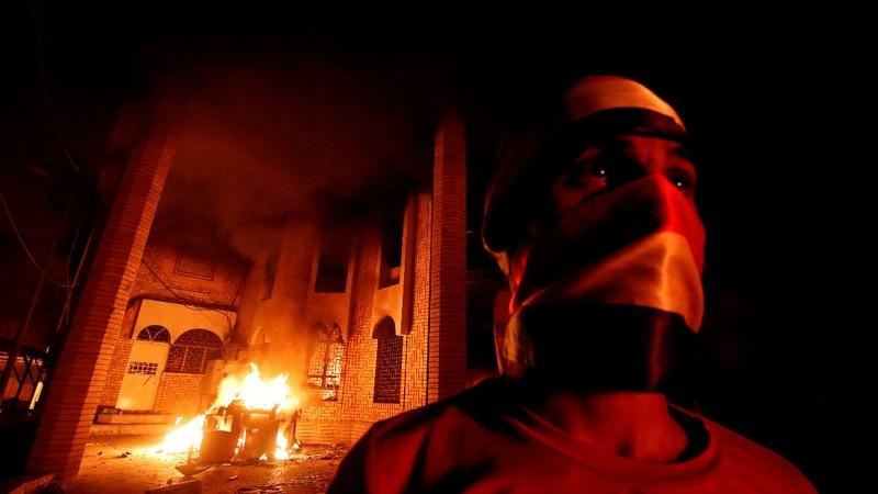 Iraqi protesters storm Iranian consulate in Basra