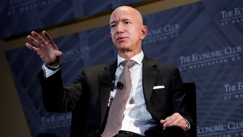 Trump should be 'glad' of media scrutiny - Bezos