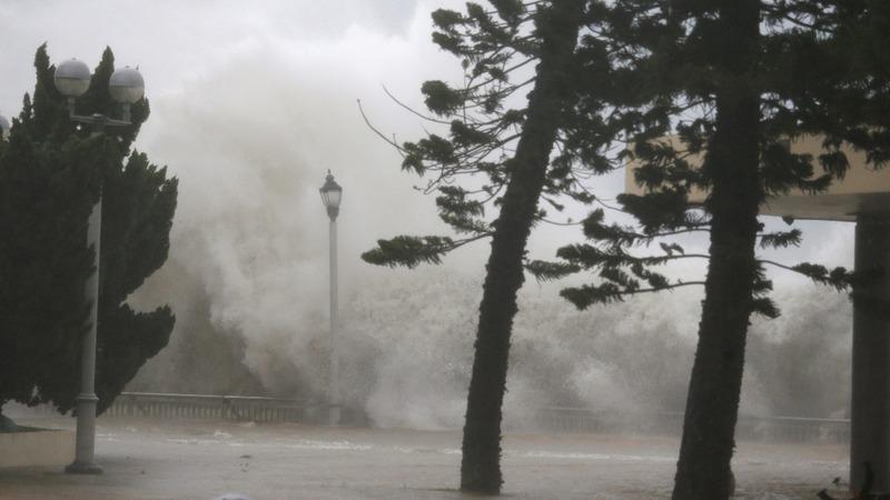 Typhoon Mangkhut barrels through Asia