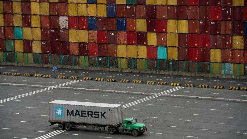 Trump defiant on tariffs as China strikes back