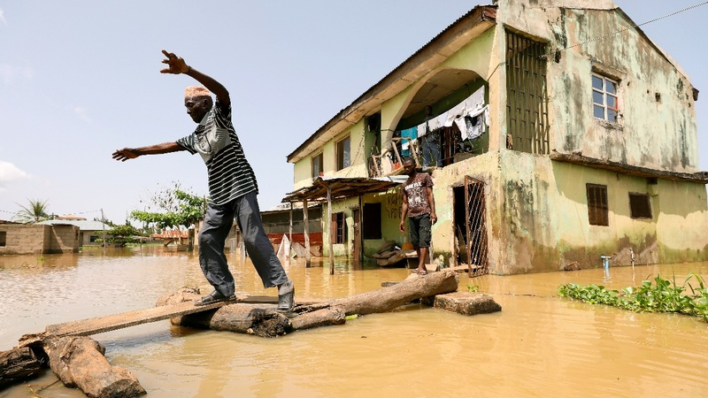 Deadly floods sweep Nigeria