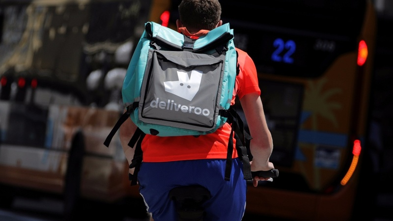 Uber could buy Deliveroo food courier service