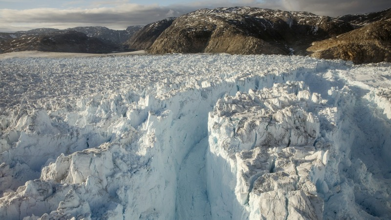 Real time: Rarely seen massive glacial calving in Greenland