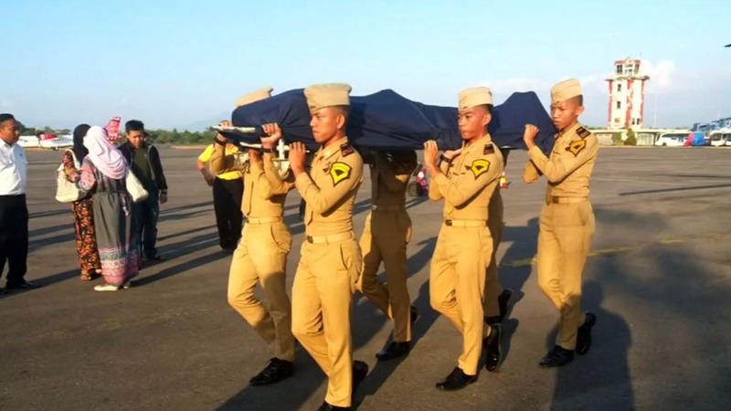 Indonesia's air control hero dies to save pilot