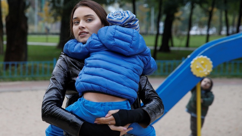 Miss Ukraine disqualified for being a mom