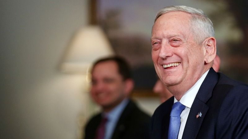 Mattis says he's on Trump's team, not leaving