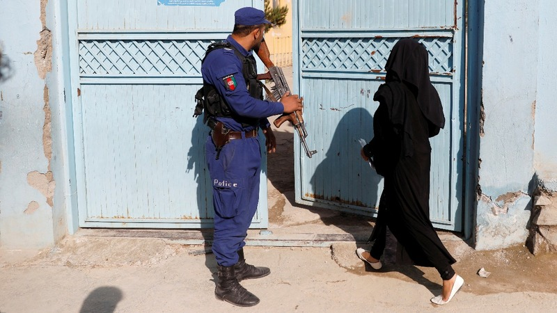 Afghanistan election overshadowed by violence