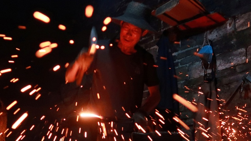 China's millennials get a taste for handmade woks