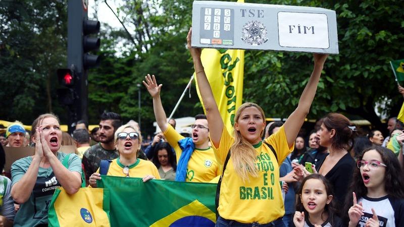 Brazil braces for far-right presidency in Sunday's vote