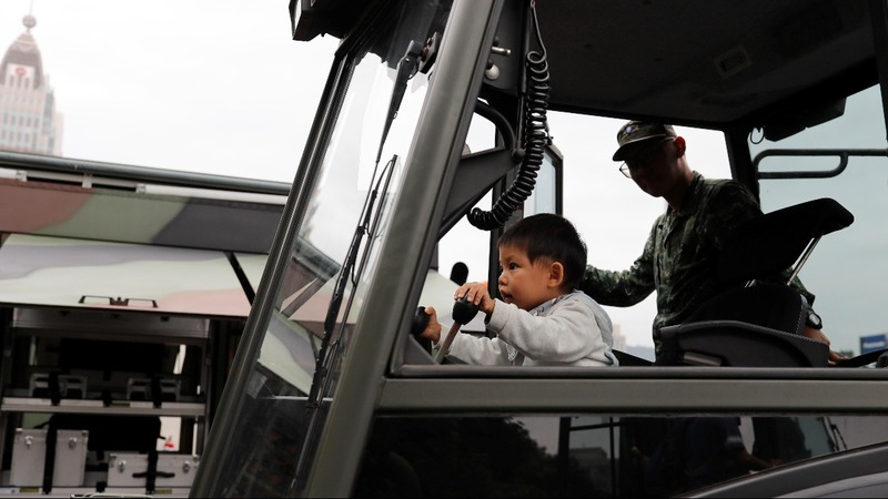Taiwan military struggles to rally new recruits