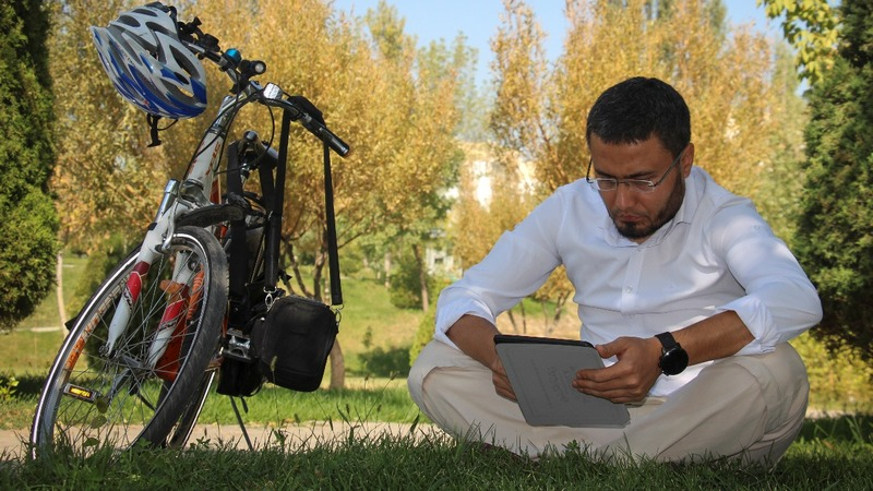 Uzbek bloggers test the limits of new-found freedom