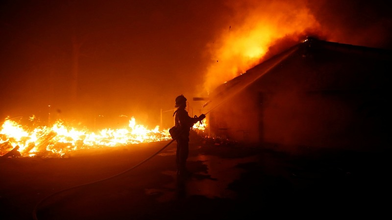 California burns as 2 deadly wildfires rage on
