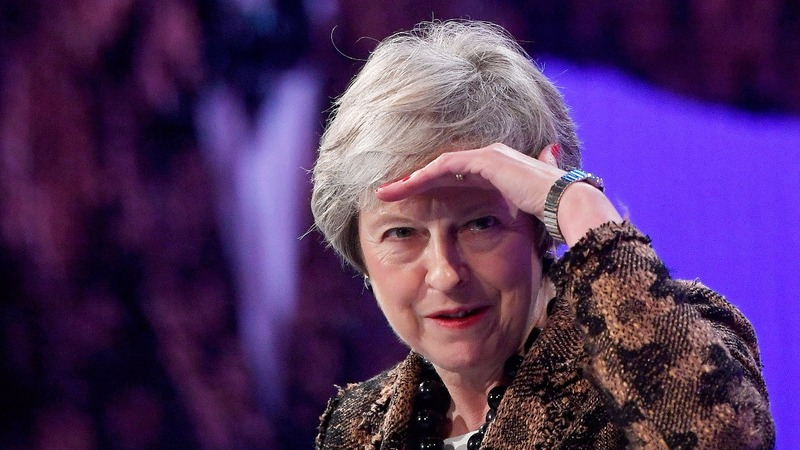 Getting rid of me risks delaying Brexit - May