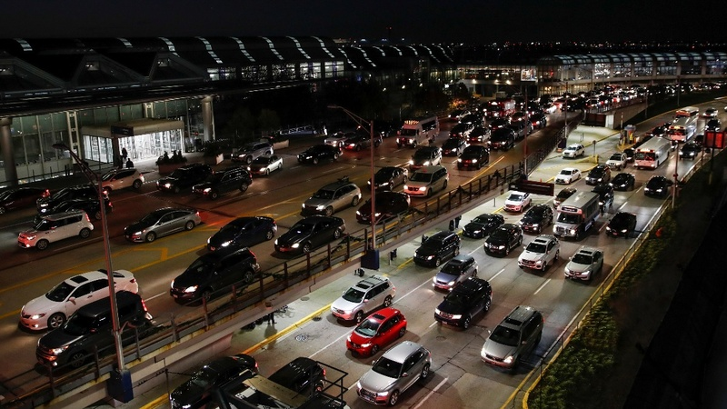 Thanksgiving travel rush underway