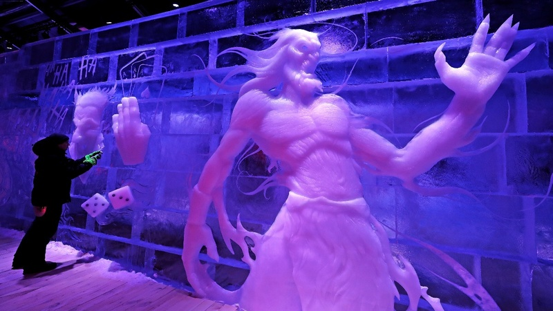 INSIGHT: Artists exhibit frozen masterpieces