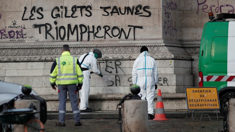 France ponders state of emergency after riots