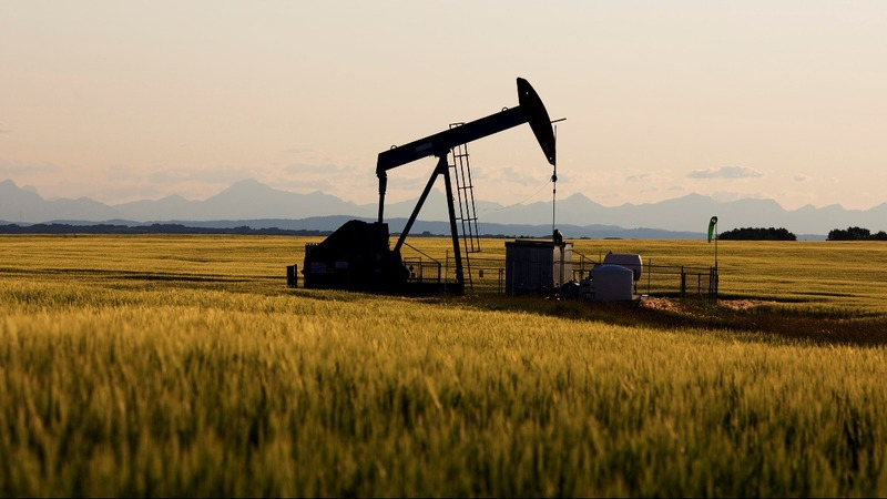 Why Russia holds key to oil output cut