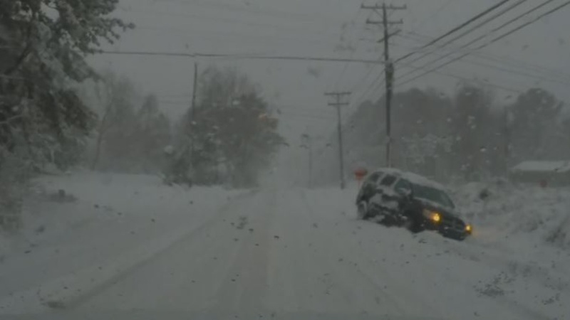 Deadly winter storm pummels U.S. Southeast