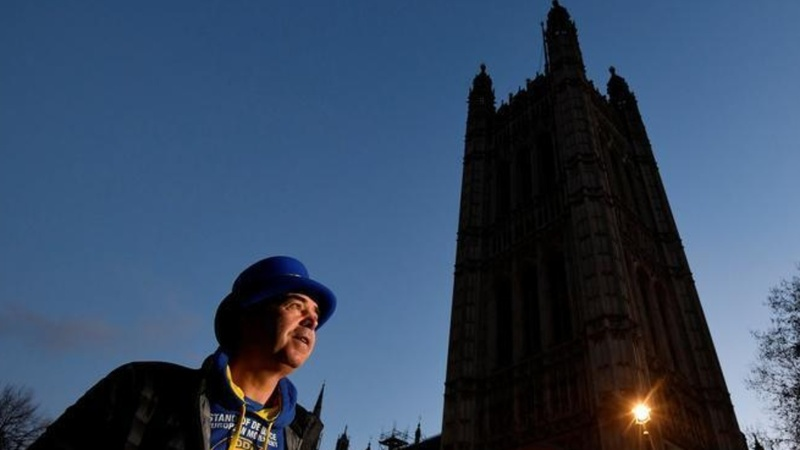 One man's 15-month daily protest against Brexit