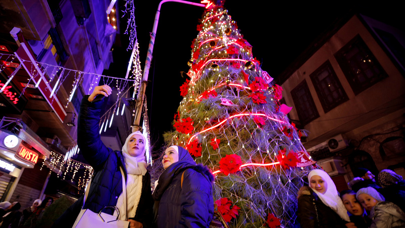 INSIGHT: Christmas comes to Damascus