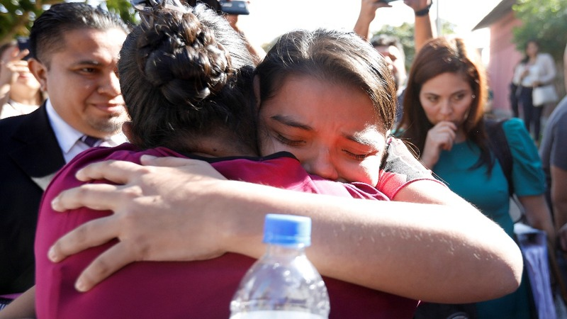 El Salvador frees woman jailed under abortion law