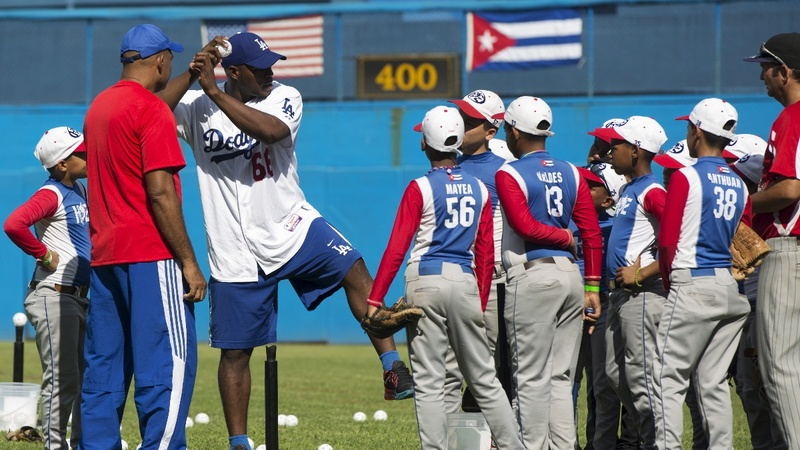 Historic deal lets Cubans in MLB without defecting