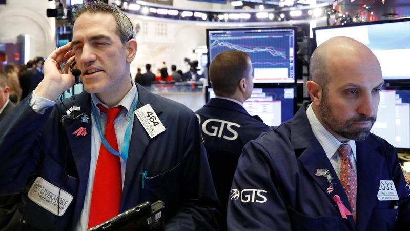 U.S. stocks slump as Trump attacks the Fed