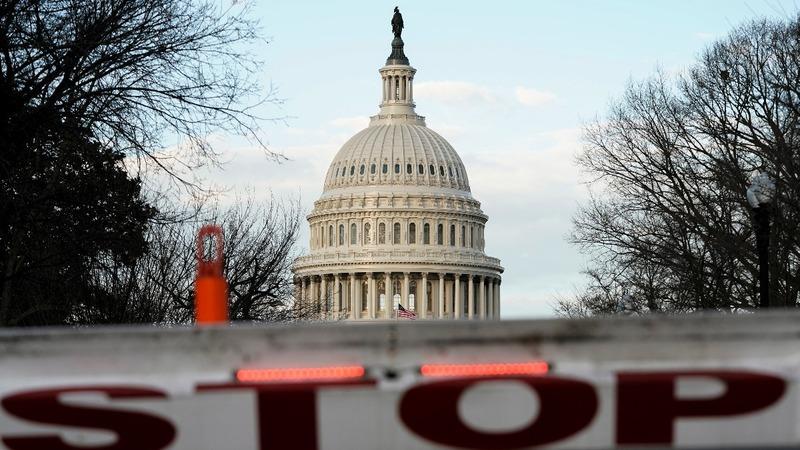 Congress returns to work as shutdown goes on