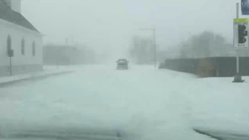 U.S. Midwest braces for blizzard-like conditions
