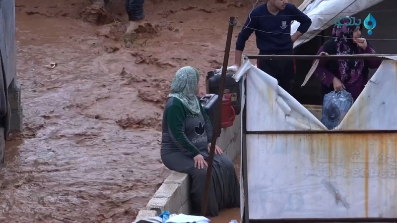 Floods submerge refugee camps in northern Syria
