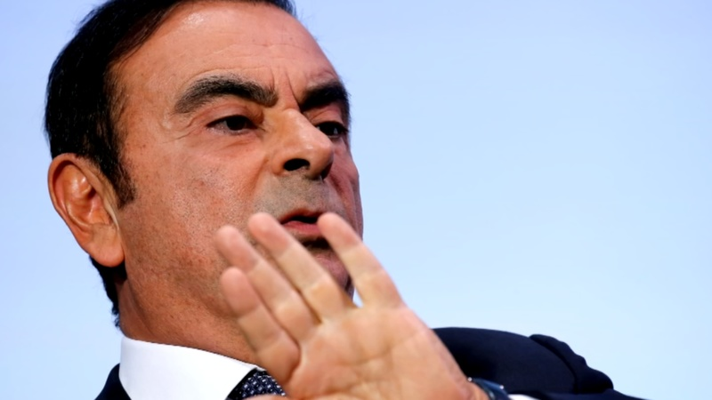 Tokyo court extends detention of Nissan's Ghosn