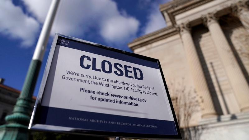 Dems move to end shutdown, without wall money