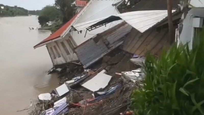 Death toll in Philippines floods climbs to 85