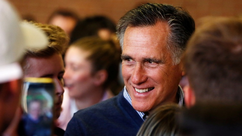 Mitt Romney enters Senate with harsh words for Trump