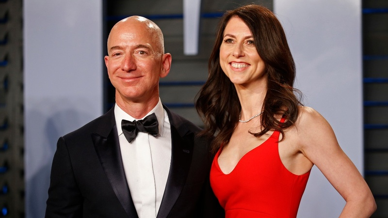 Amazon's Jeff Bezos, wife MacKenzie to divorce