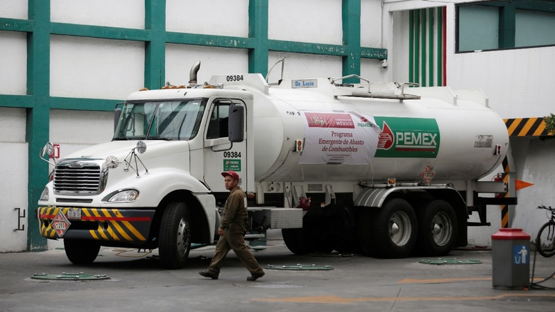 Mexico's war on fuel theft risks chaos