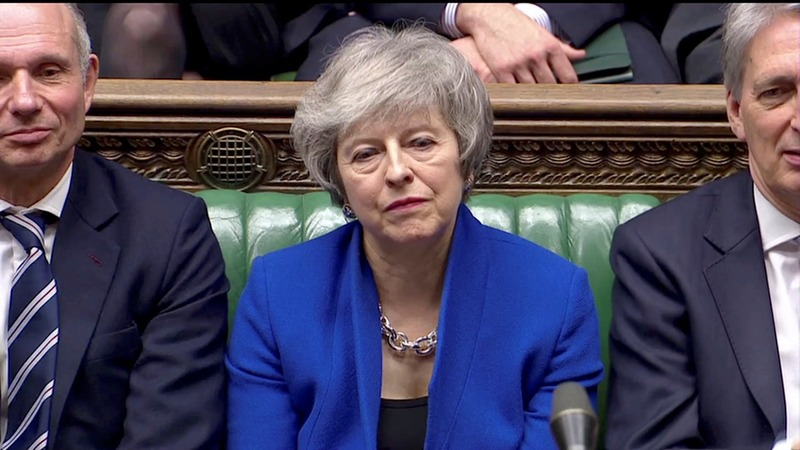 Crushing Brexit defeat sparks no-confidence vote