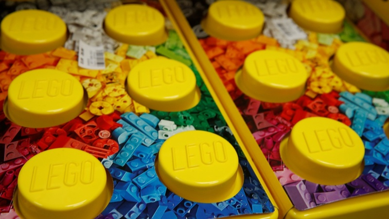 What can Davos learn from Lego?