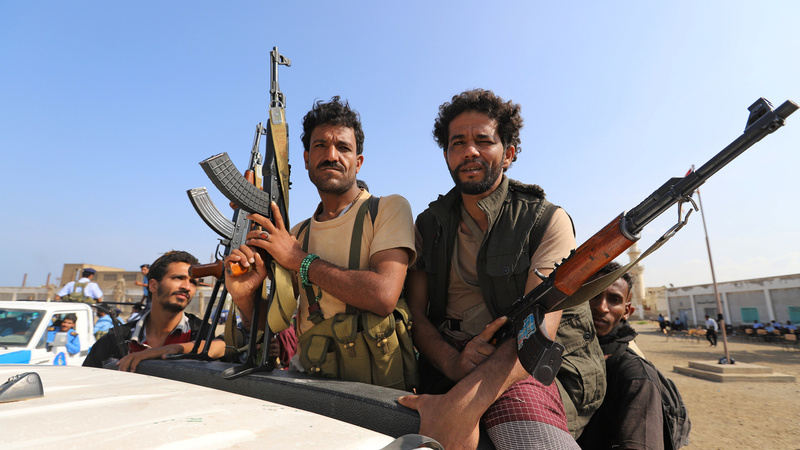 Delays to troops' port pullout threaten Yemenis