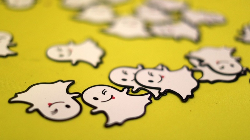 Snapchat weighs permanent snaps