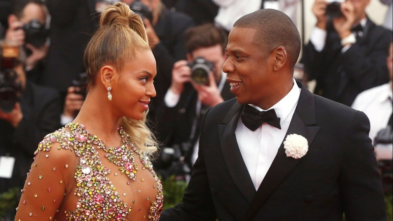 Beyonce, Jay-Z offer fans lifetime free tickets