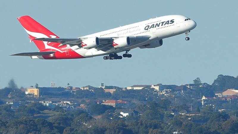 Airbus A380 under threat as Qantas pulls order