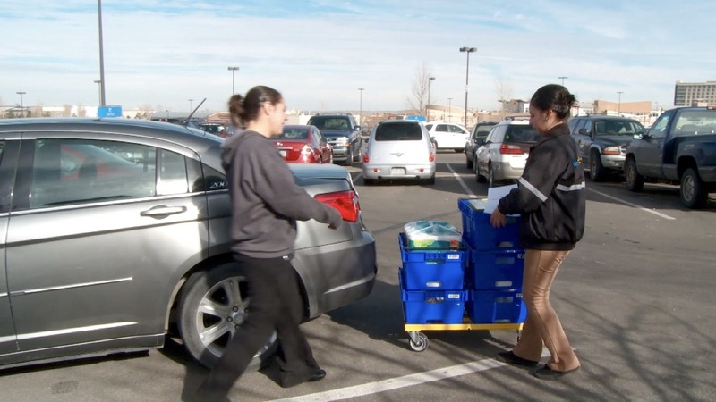 Walmart's low-cost grocery delivery plan