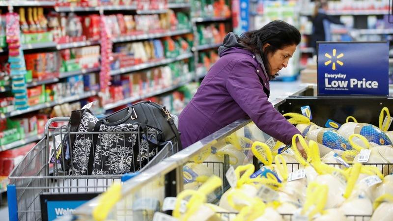 Walmart shines as holiday quarter tops forecast