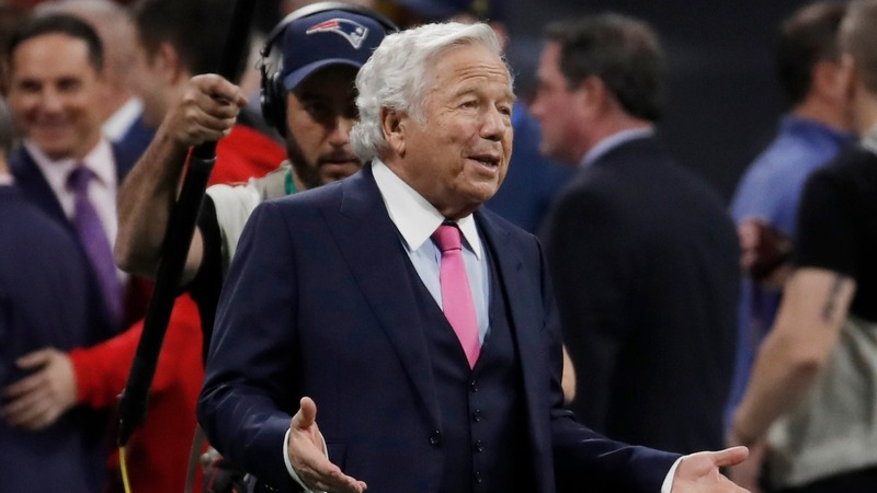 Patriots owner Kraft charged in prostitution bust