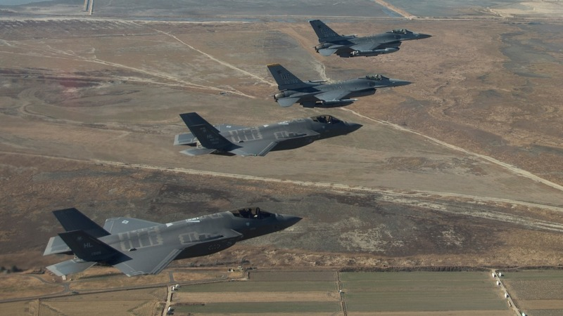Pentagon weighs F-35 plan to pick off rockets
