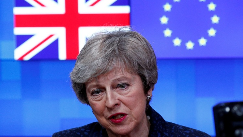 UK moves closer to delaying Brexit