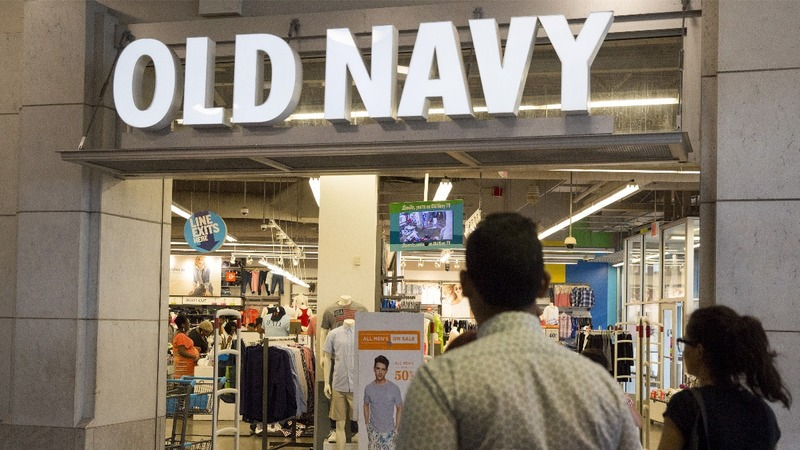 Gap to spin off Old Navy, close stores