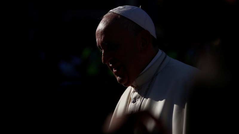 Pope to open secret WW2 archive for Jewish groups